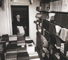 Alumfriends Archives Library---Old-Journal-Area