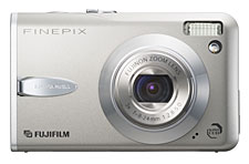 Reviews Fuji Finepix F30-Front