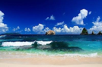 blue beach color photo