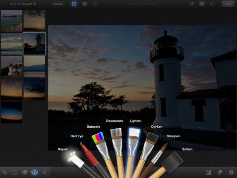 iPhoto para iPhone 4, iPhone 4S, iPad 2 Wi Fi, iPad 2 Wi Fi + 3G, iPad (3rd generation) e iPad Wi-Fi + 4G na iTunes App Store.jpg